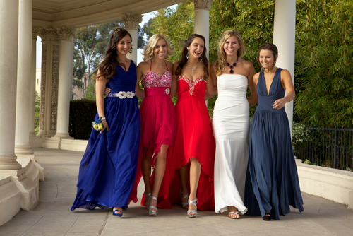 How to Choose Perfect Prom Dress